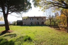 Image No.6-Ferme de 9 chambres à vendre à Chianni