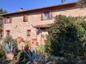 Image No.13-Ferme de 9 chambres à vendre à Chianni