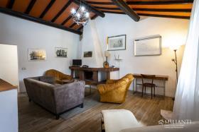 Image No.5-Ferme de 6 chambres à vendre à Montecatini Val di Cecina