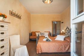 Image No.12-Ferme de 11 chambres à vendre à Pomarance