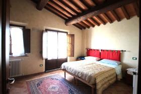 Image No.4-Chalet de 3 chambres à vendre à Volterra