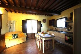 Image No.5-Chalet de 3 chambres à vendre à Volterra
