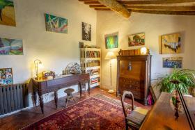 Image No.9-Maison de campagne de 4 chambres à vendre à Volterra