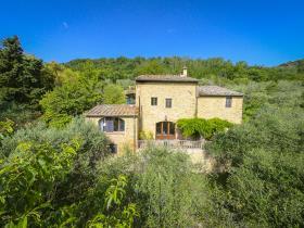 Image No.11-Maison de campagne de 4 chambres à vendre à Volterra
