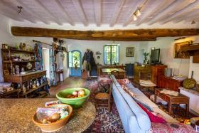 Image No.12-Maison de campagne de 4 chambres à vendre à Volterra