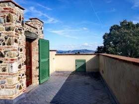 Image No.10-Appartement de 3 chambres à vendre à Lajatico