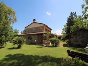 Image No.2-Ferme de 5 chambres à vendre à Chianni