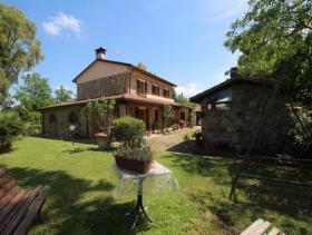 Image No.10-Ferme de 5 chambres à vendre à Chianni
