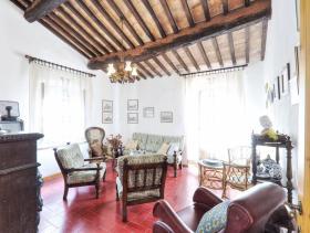Image No.8-Ferme de 6 chambres à vendre à Pomarance