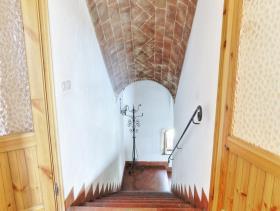 Image No.9-Ferme de 6 chambres à vendre à Pomarance