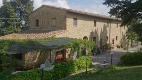 Image No.4-Ferme de 6 chambres à vendre à Volterra