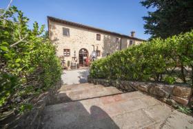 Image No.10-Ferme de 6 chambres à vendre à Volterra