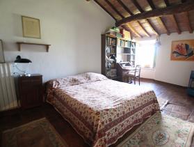 Image No.11-Ferme de 5 chambres à vendre à Volterra