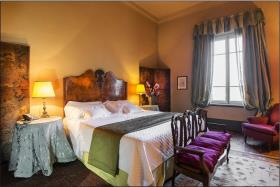Image No.8-6 Bed Hotel for sale