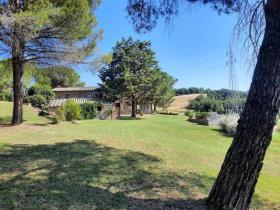 Image No.1-Maison de campagne de 4 chambres à vendre à Montecatini Val di Cecina