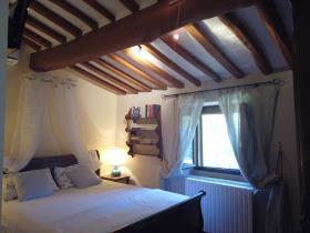 Image No.22-Maison de campagne de 4 chambres à vendre à Montecatini Val di Cecina