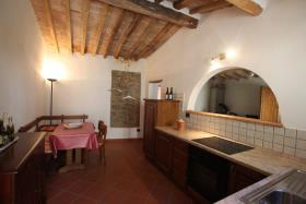 Image No.4-Appartement de 1 chambre à vendre à Montecatini Val di Cecina