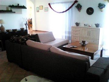 4.living_room