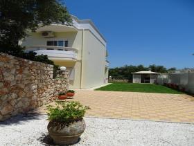 Image No.1-Villa / Détaché de 3 chambres à vendre à Kalyves