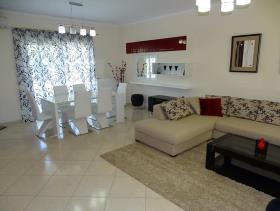 Image No.5-Villa / Détaché de 3 chambres à vendre à Kalyves