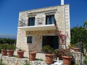 Image No.0-Maison / Villa de 2 chambres à vendre à Megala Chorafia