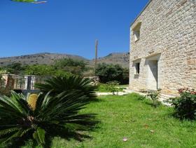 Image No.1-Maison / Villa de 2 chambres à vendre à Megala Chorafia