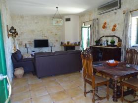 Image No.4-Maison / Villa de 2 chambres à vendre à Megala Chorafia