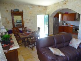 Image No.5-Maison / Villa de 2 chambres à vendre à Megala Chorafia