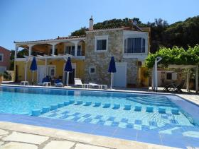 Tsivaras, Villa / Detached