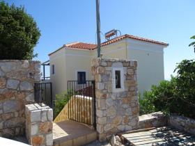 Image No.0-Villa / Détaché de 4 chambres à vendre à Kefalas