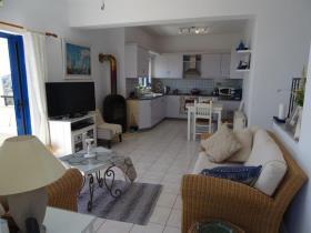 Image No.6-Villa / Détaché de 4 chambres à vendre à Kefalas
