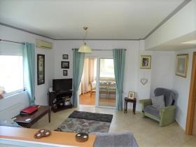Image No.10-Villa / Détaché de 2 chambres à vendre à Litsarda