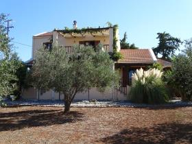 Litsarda, Villa / Detached