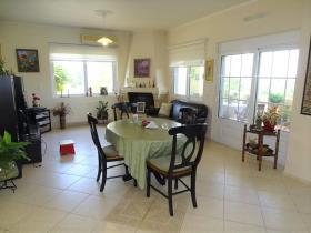 Image No.5-Villa / Détaché de 5 chambres à vendre à Vamos