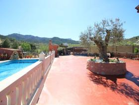 Image No.5-5 Bed Country House for sale