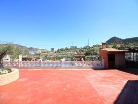 Image No.6-5 Bed Country House for sale
