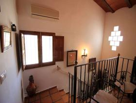 Image No.21-5 Bed Country House for sale