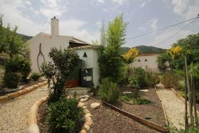Image No.17-2 Bed Country House for sale