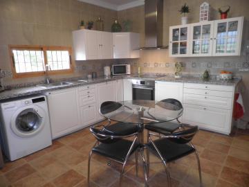 1007-Kitchen-mainhouse--1-