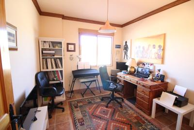 1016-Office-or-third-bedroom-main-house