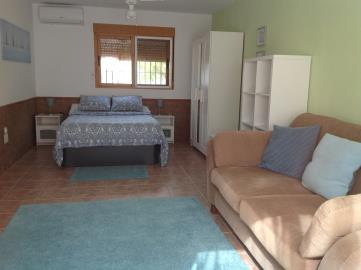 1021--Apartment-studio-space