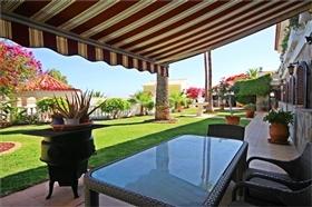 Image No.2-Villa de 8 chambres à vendre à Callao Salvaje