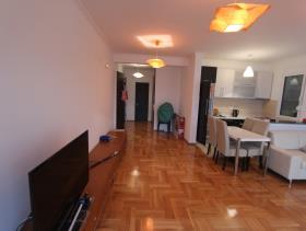 Image No.2-Appartement de 2 chambres à vendre à Bar