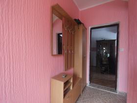 Image No.20-Maison de 4 chambres à vendre à Kotor