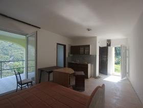 Image No.21-Maison de 4 chambres à vendre à Kotor