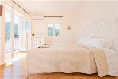 O2-bed2