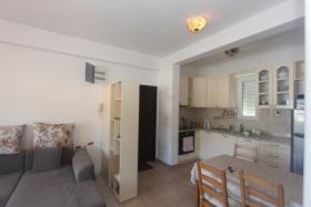 Image No.5-Appartement de 2 chambres à vendre à Budva