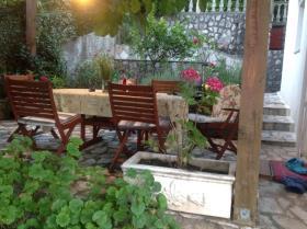 Image No.2-Maison de 3 chambres à vendre à Tivat
