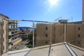 Image No.0-Appartement de 2 chambres à vendre à Becici