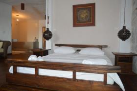 Image No.3-Maison / Villa de 3 chambres à vendre à Kotor